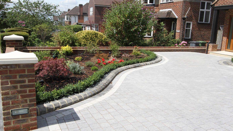 Natural Stone Set Driveway - Barnet